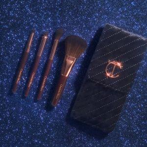 Charlotte Tilbury Travel Brush Set + Velvet Case